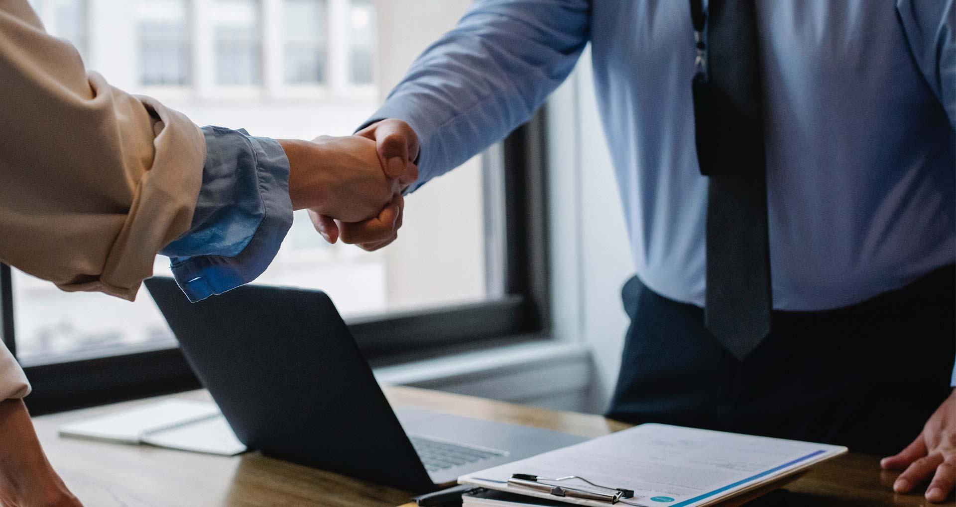 ¿Cómo elegir la carrera de negocios ideal para mí?