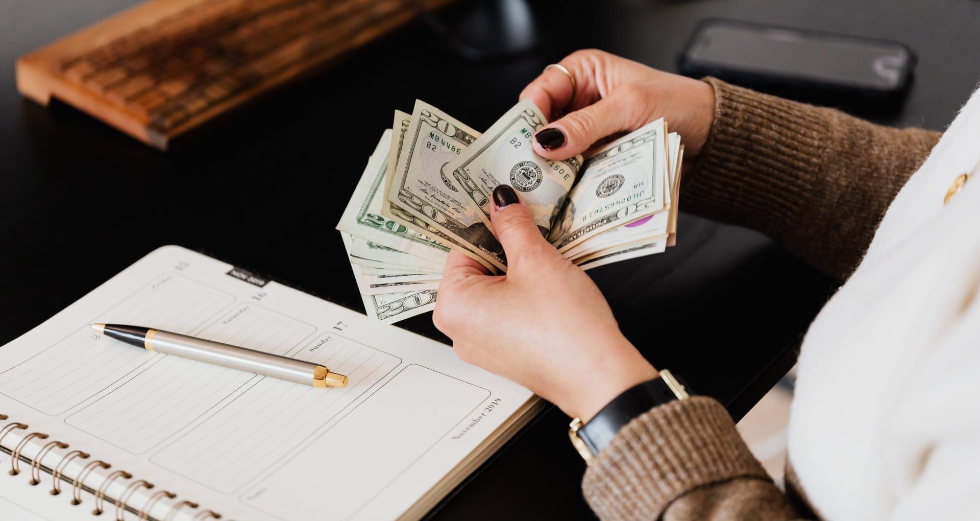 ¿Cómo generar ingresos siendo estudiante?